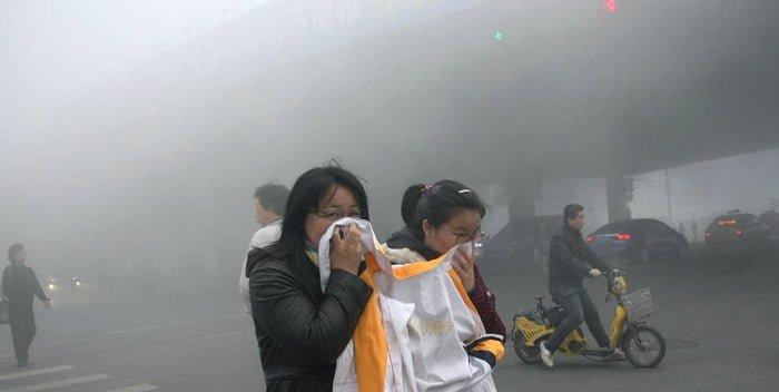 Không khí ô nhiễm hủy hoại làn da như thế nào 1