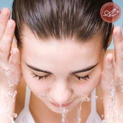 Sữa rửa mặt thảo dược A&Plus Whitening Facial Foam B002 100ml