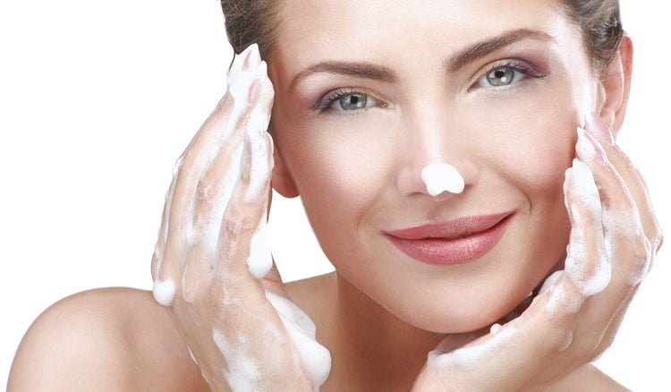 Chăm sóc da mặt hàng ngày cần những sản phẩm gì??? 2