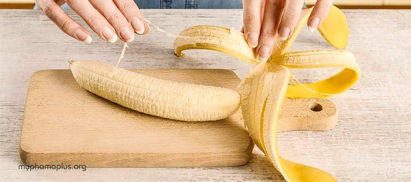 #1. Cách trị mụn cơm hiệu quả bằng vỏ chuối tiêu
