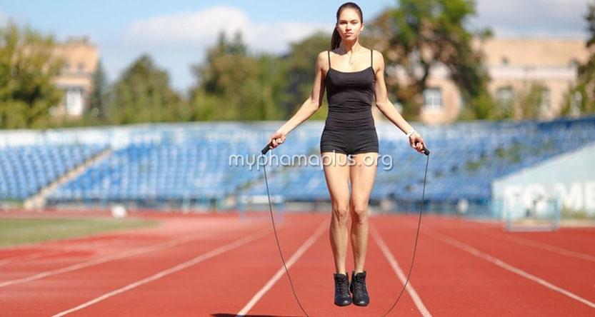 Phương pháp nhảy dây bằng 2 chân giảm cân