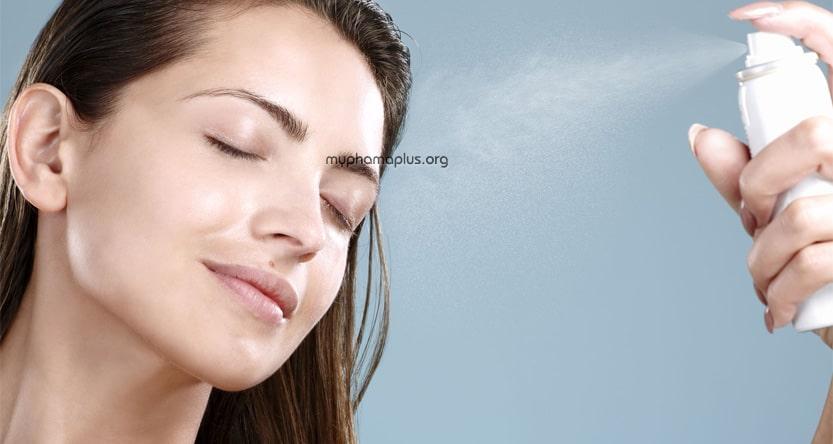 Tránh xịt chống nắng vào mắt, mũi, miệng